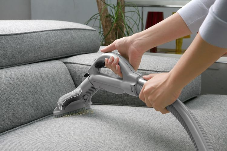 a list of the top rated vacuum cleaners is below, reviews vacuum cleaners